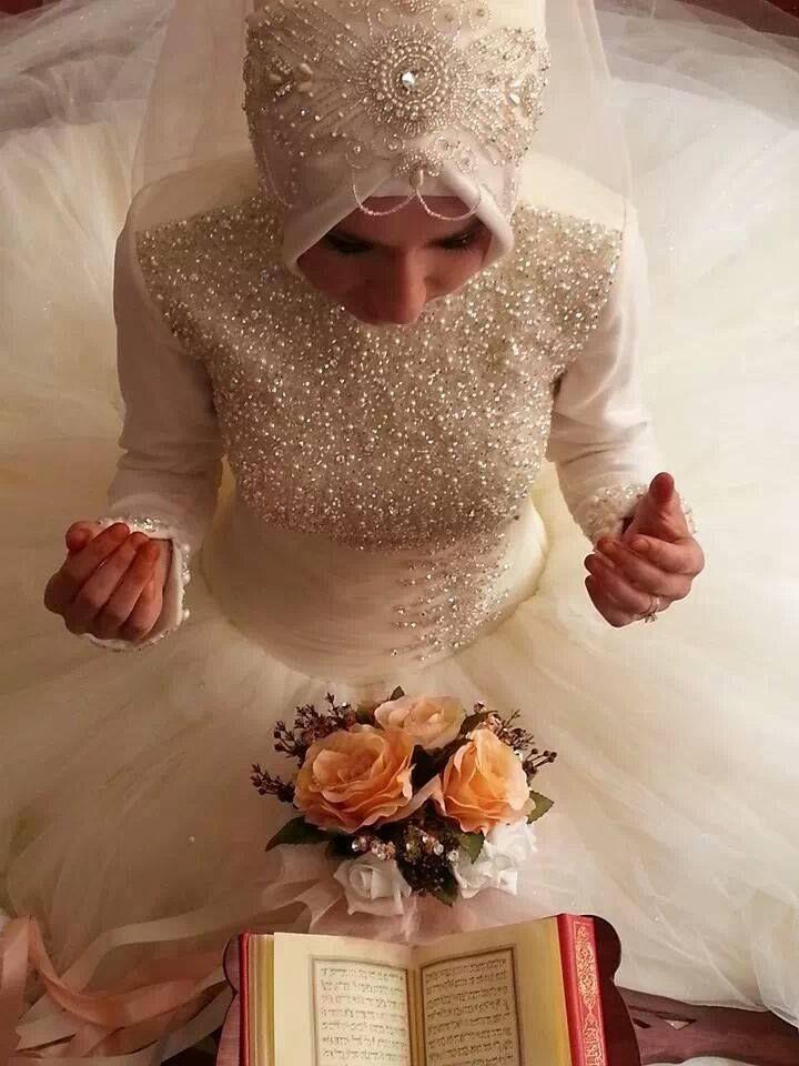 erotic wedding dresses photo - 1