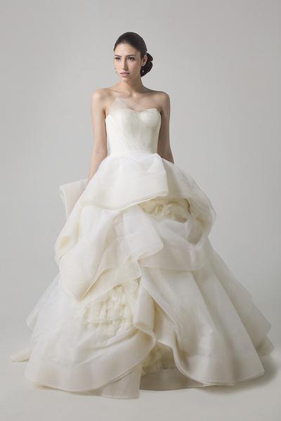 full back wedding dresses photo - 1
