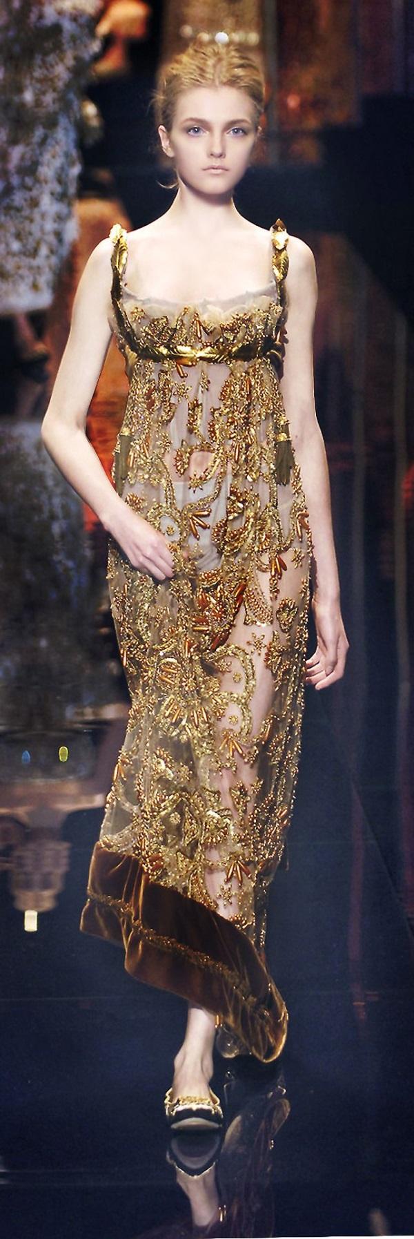 gold evening dresses photo - 1