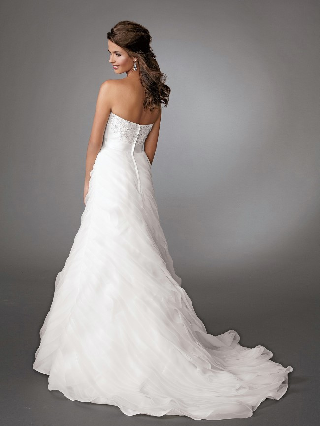 interesting wedding dresses photo - 1