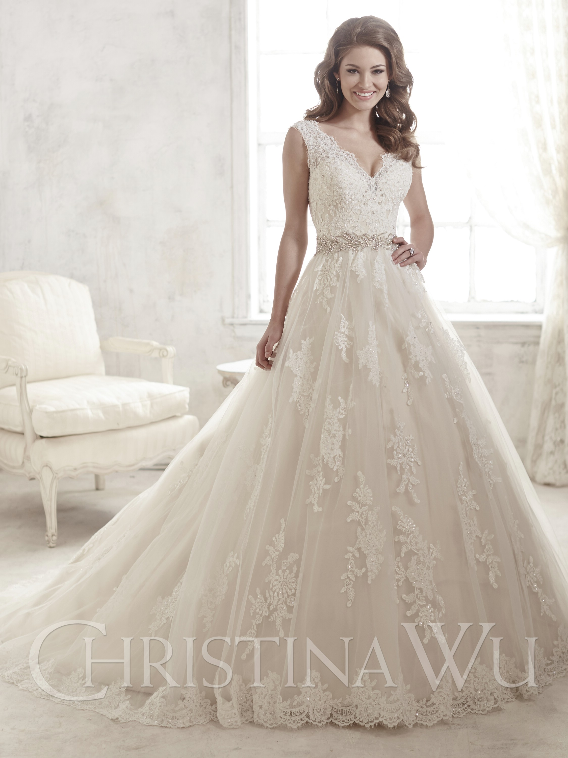 ivory ball gown wedding dresses photo - 1