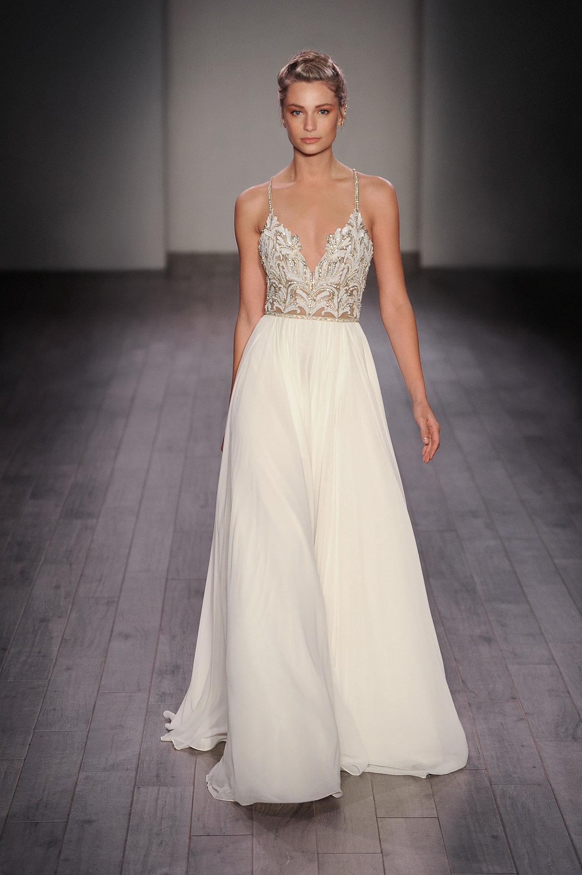 ivory chiffon wedding dresses photo - 1
