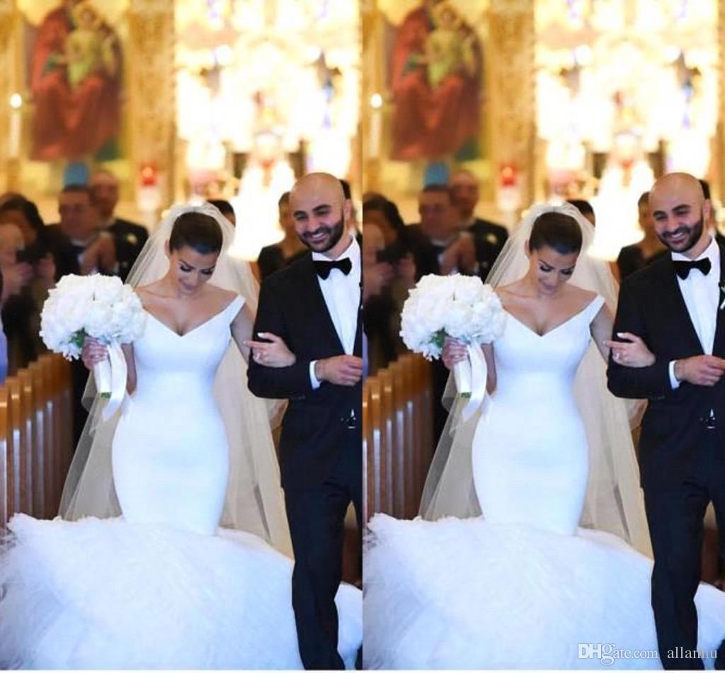 kim kardashians wedding dresses photo - 1