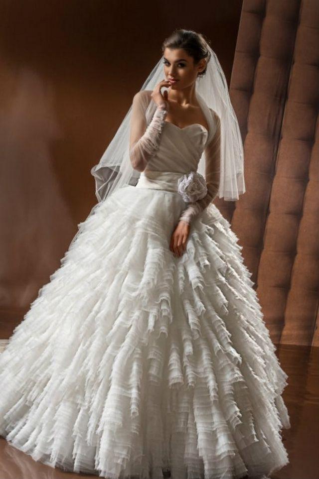 long puffy wedding dresses photo - 1