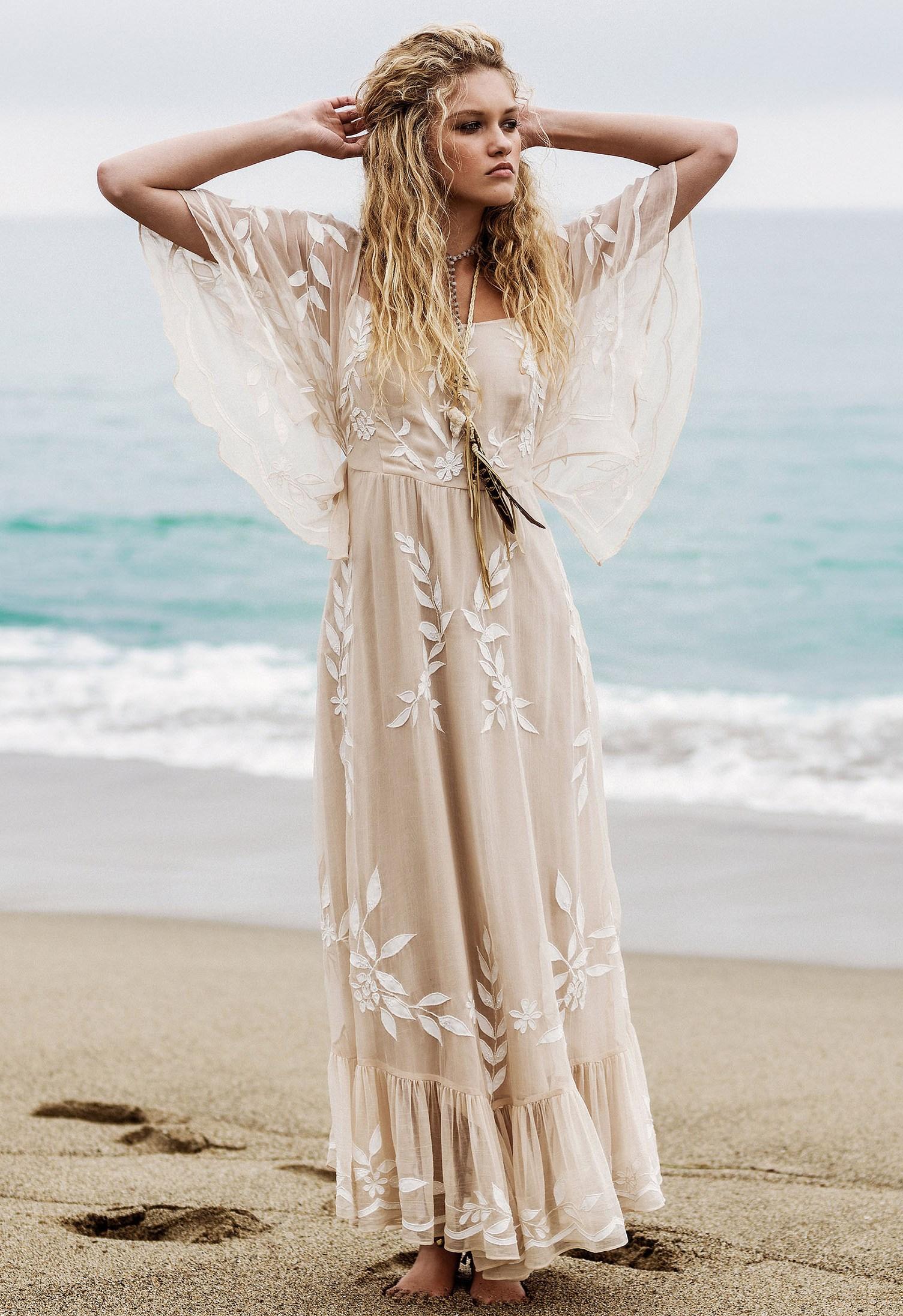 maxi dresses for beach wedding photo - 1