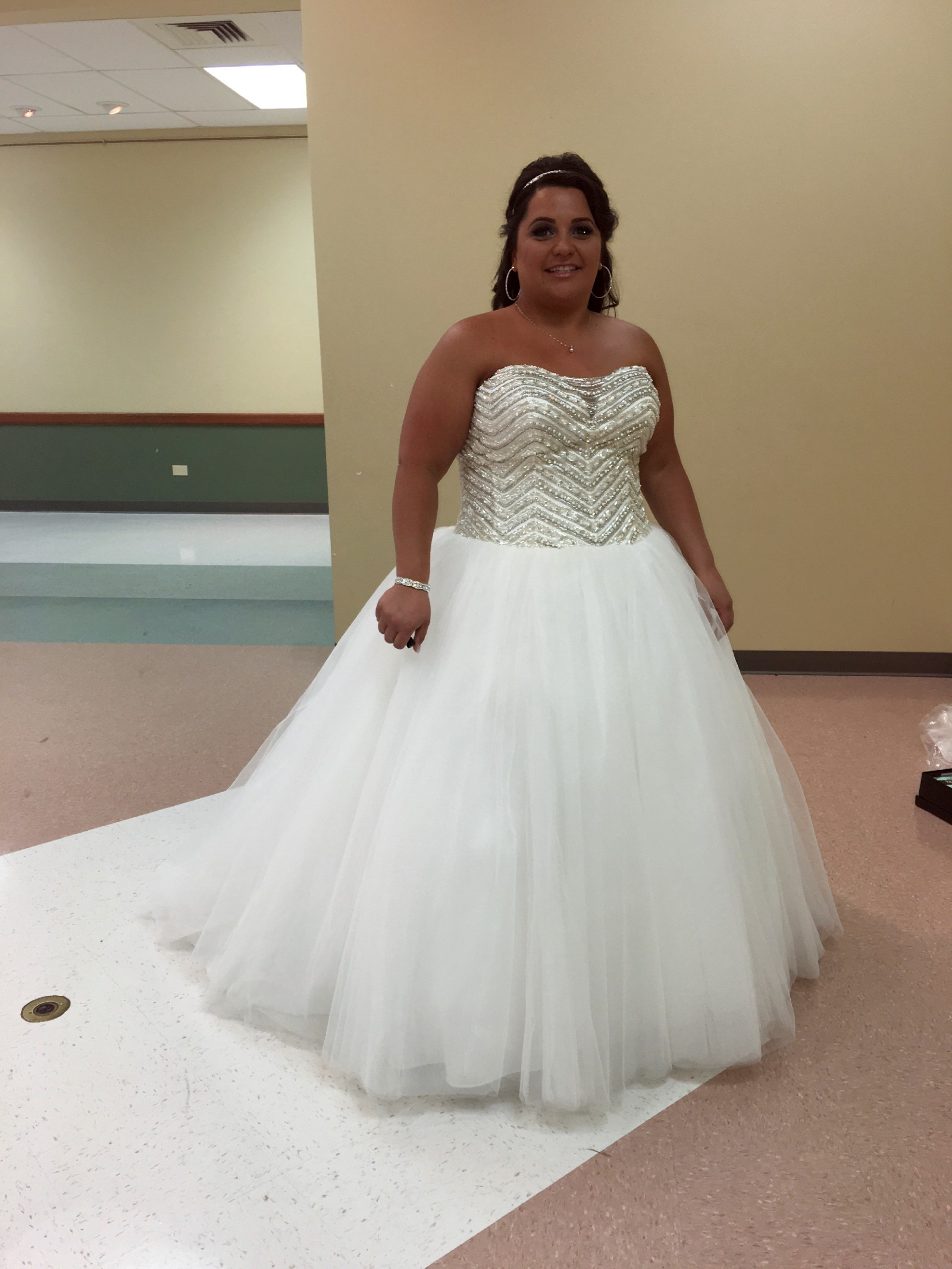 preowned wedding dresses for sale photo - 1