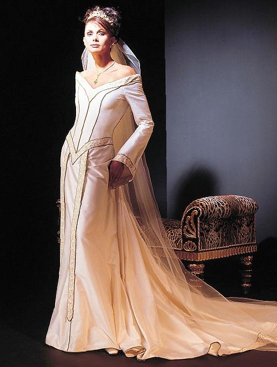 queen style wedding dresses photo - 1
