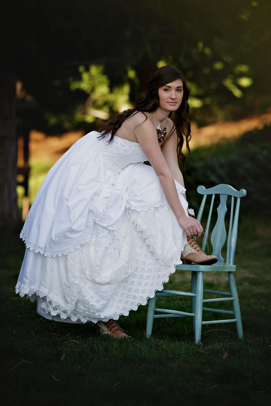 rustic themed wedding dresses photo - 1