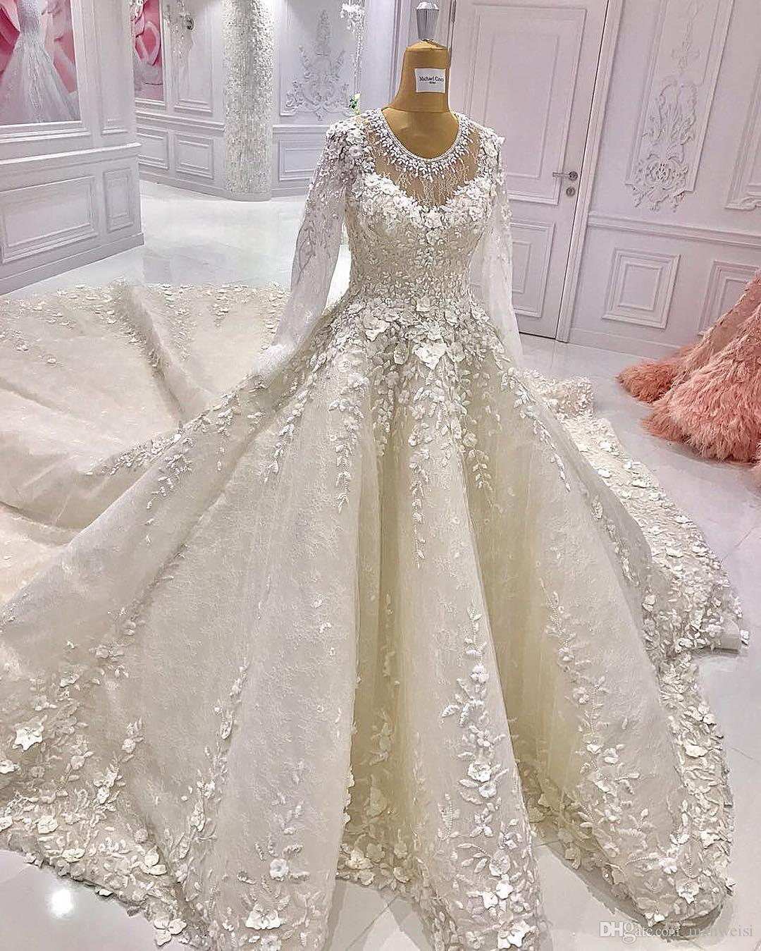 short wedding dresses with sleeves photo - 1