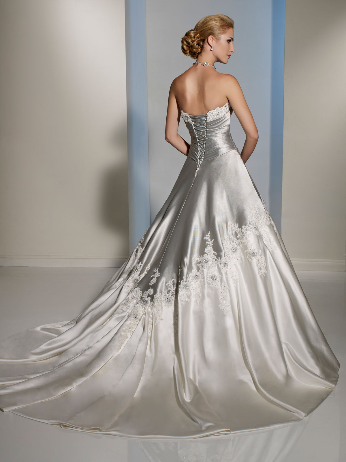 silver and white wedding dresses photo - 1