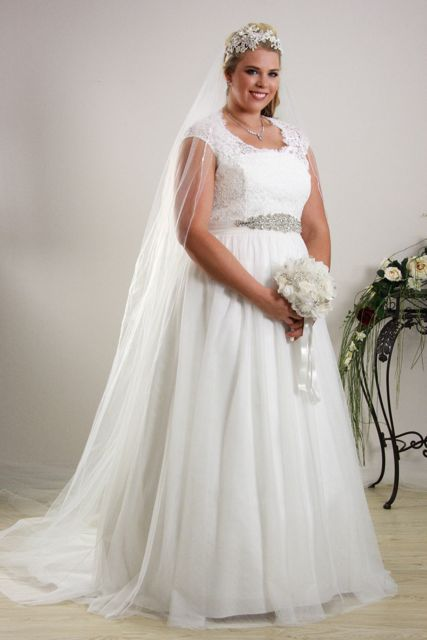 simple yet elegant wedding dresses photo - 1