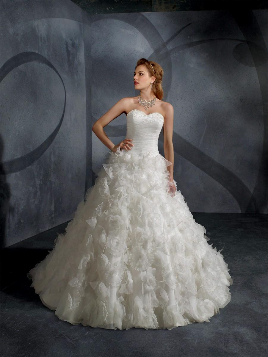 spanish inspired wedding dresses photo - 1