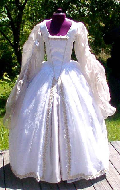 tudor wedding dresses photo - 1