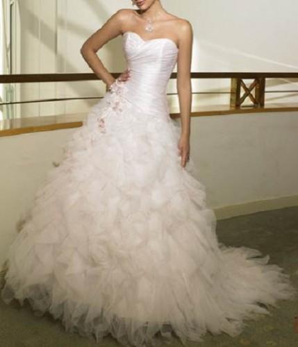 wedding dresses feather photo - 1