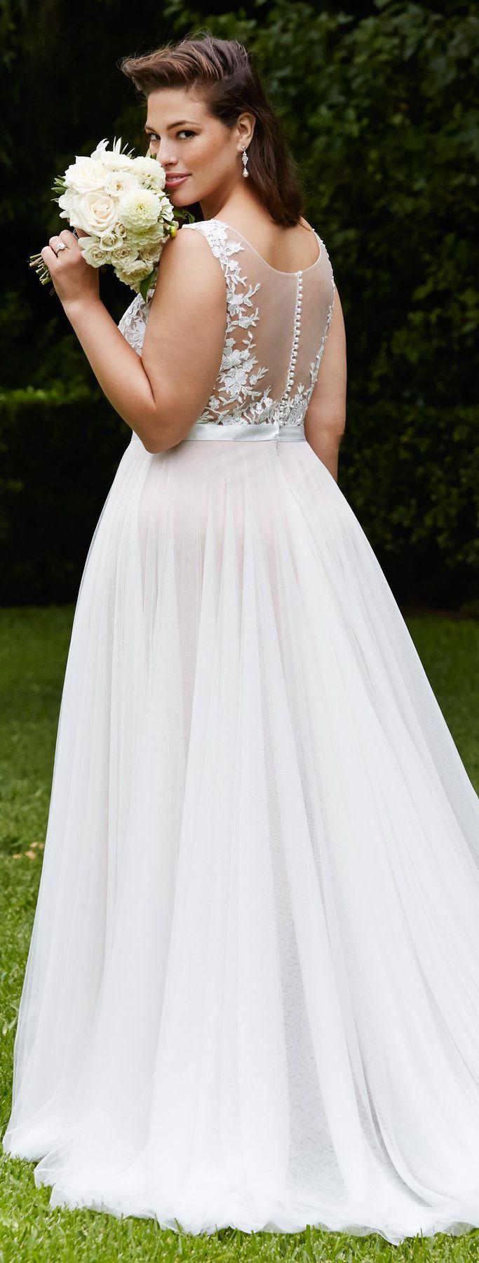 wedding dresses for mature brides photo - 1