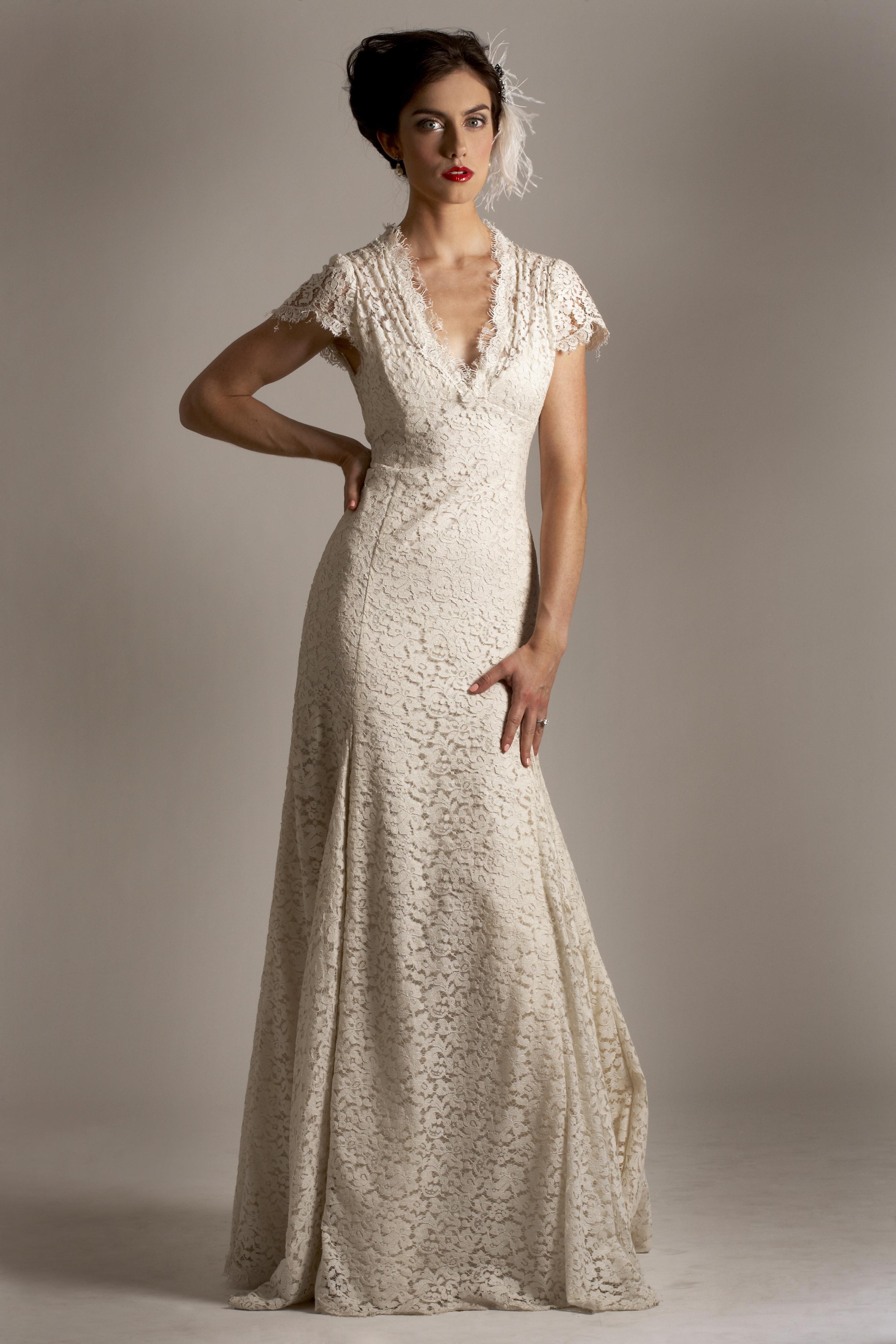 wedding dresses for older brides second weddings photo - 1