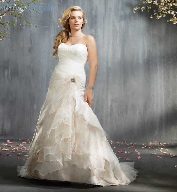 wedding dresses for wide hips photo - 1