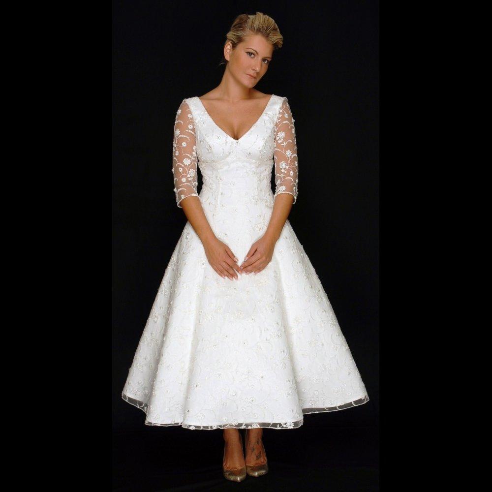 wedding dresses tea length with sleeves photo - 1