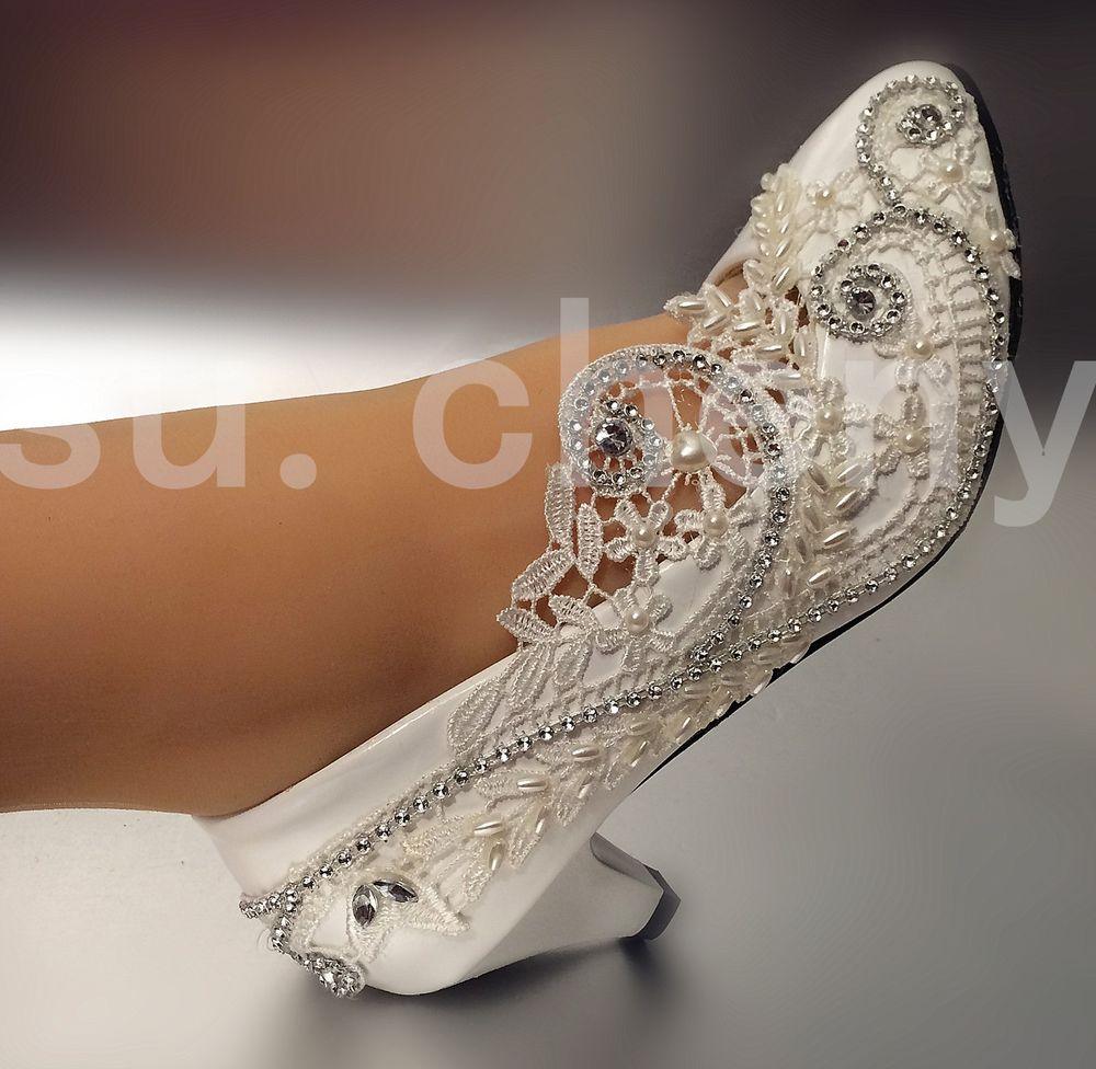 wedding shoes for lace dresses photo - 1
